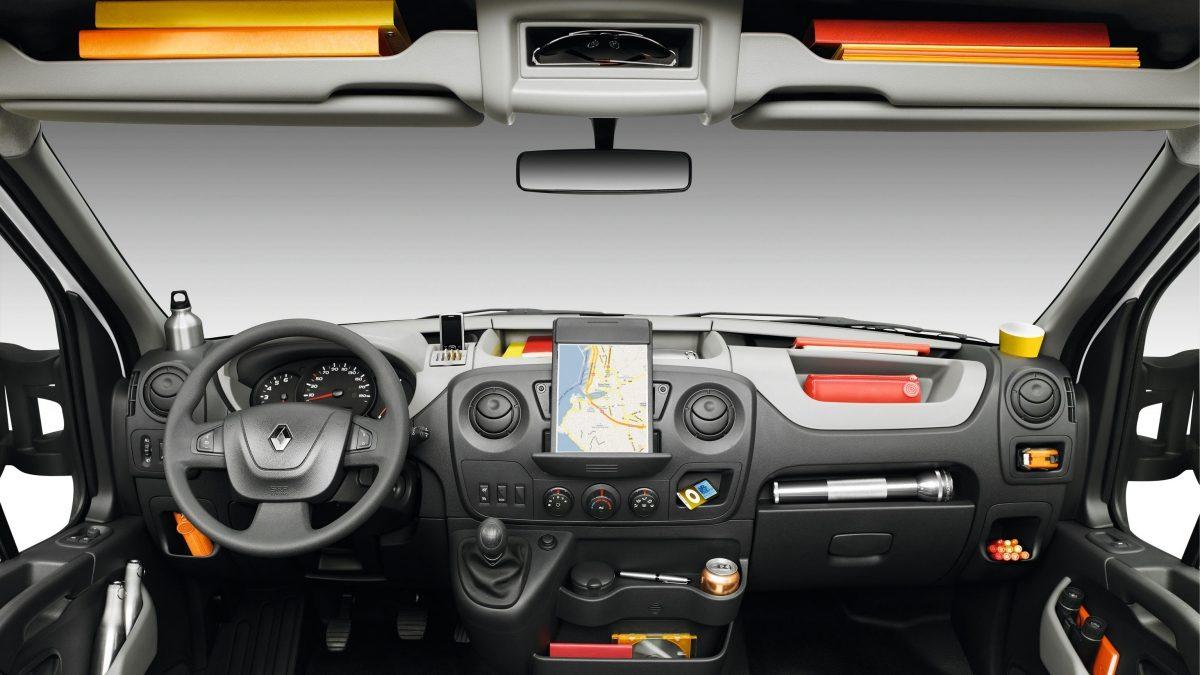 renault-master-interior