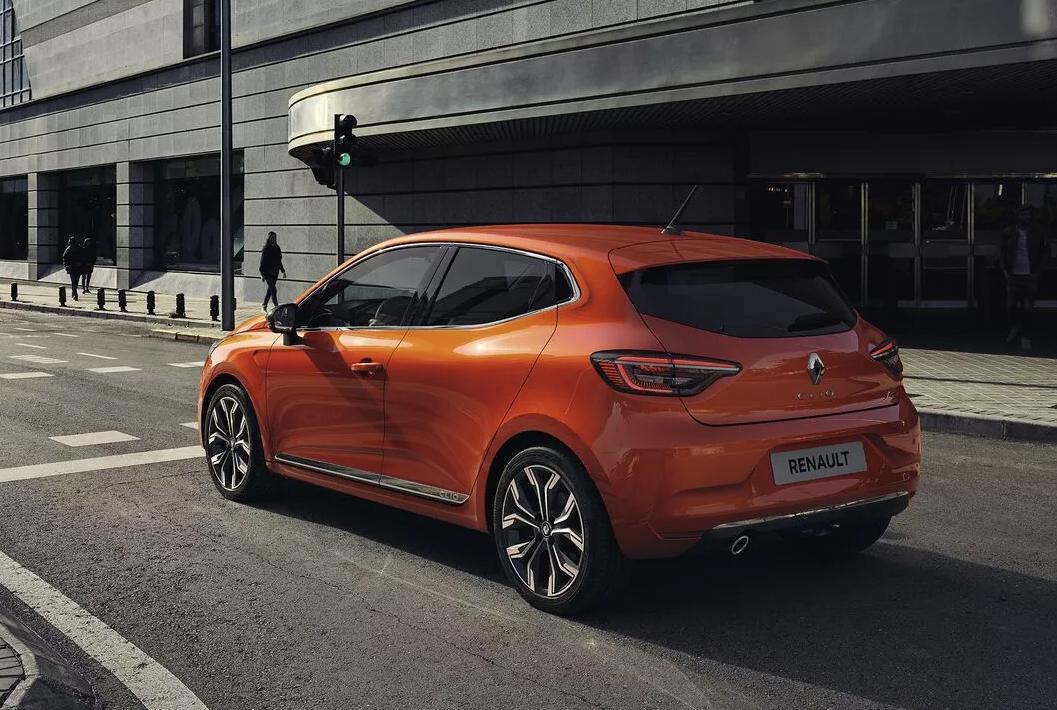 Renault clio liten bil småbil